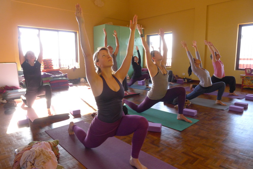 how to become a yoga teacher for free