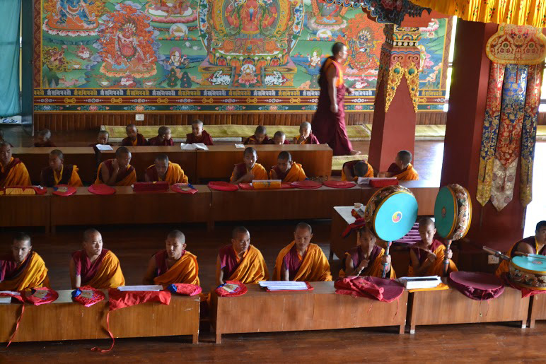 monks-morning-prayers-during-yoga-teacher-training-Nepal