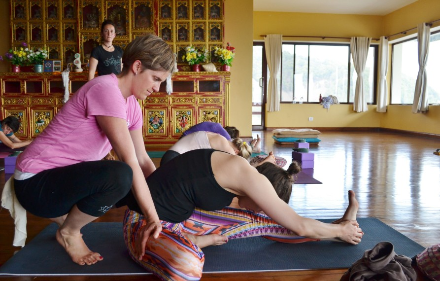 Adjustment training during Nepal yoga ttc